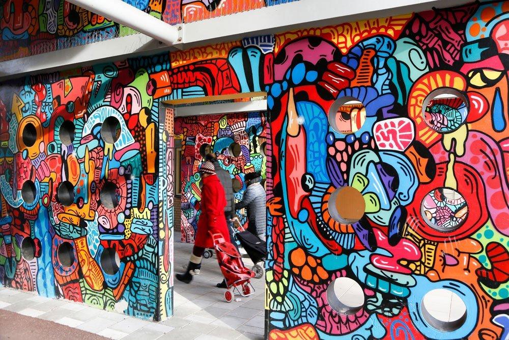 Nederland-Amsterdam-Bijlmer-Favela-kunst